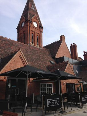 An old schoolhouse turned restaurant and cafe center